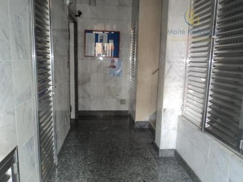 reformado!!  2 dormitórios, sem garagem, duas quadras do metrô liberdade. - ap0925