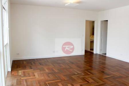 reformado e espaçoso apartamento em higienópolis - ap0004