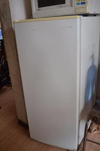 refrigerador 7 pies, marca admiral
