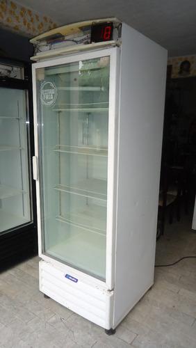 refrigerador comercial marca metal frio digital