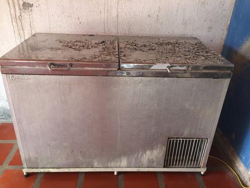 refrigerador congelador tanque