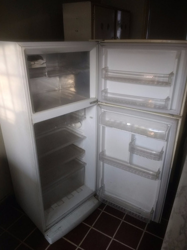 refrigerador fensa en excelente estado