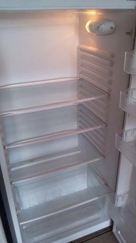 refrigerador frío directo 311 lt evox whirpool