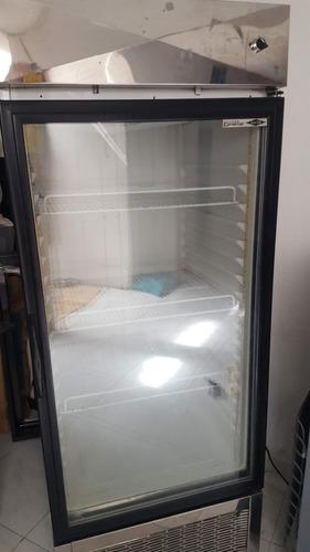 refrigerador vertical exhibidora haceb para negocio