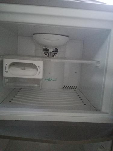 refrigeradora atlas poco uso