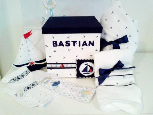 regalo bebe, ajuar nacimiento 7 art. caja con toallón toalla