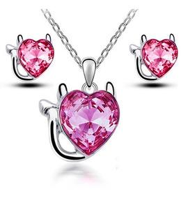 5f0711bed549 Regalo Collar Arete Diablito Diablo Corazón Amor Swarovski E