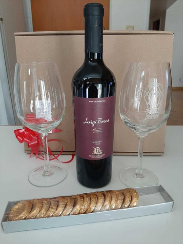 regalo: copa grabada + vino