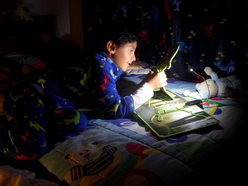 regalo para cualquier ocasión!!! lámpara libros portátil led