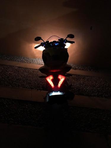 regalos + motocicleta bajaj pulsar rs 200 amarilla