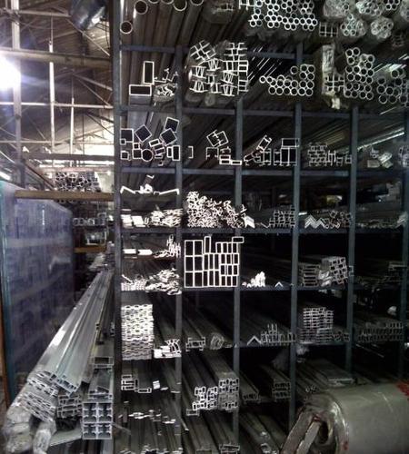 reglas de aluminio para albañil 70 x 40 largo 6 mtrs
