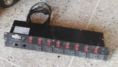 regleta de luces marca chauvet pc-08