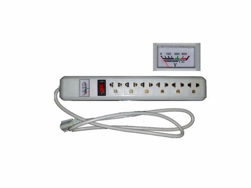regleta electrica 6 tomas con voltimetro 1800w / 110v/220v