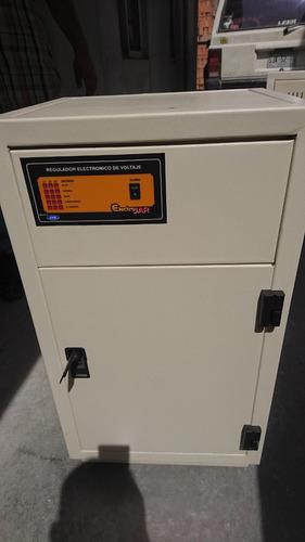 regulador de voltaje 220/127