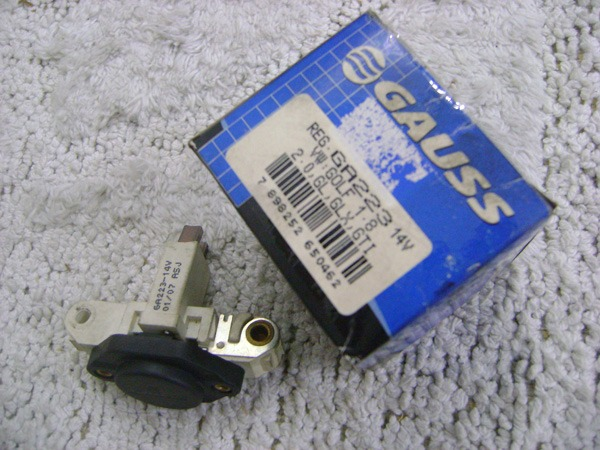 3c16686ca8 Regulador Voltagem Gol Golf Santana Parati Saveiro Ga223 - R  65
