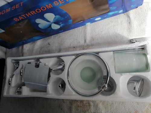 reingreso !!!!!!!!!!    set accesorio para baño metalico