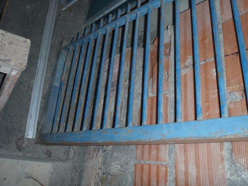reja de hierro para muro o pared