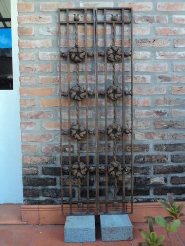 reja forjada remachada 2u $2400c/u 25x140cm villa urquiza