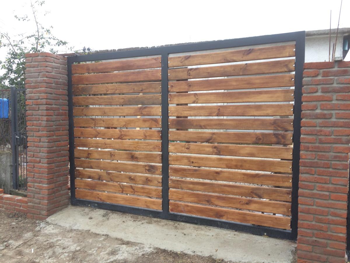Rejas en hierro y madera a medidas en mercado for Rejas de madera