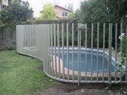 rejas peineta y tradicionales de seguridad para piscinas