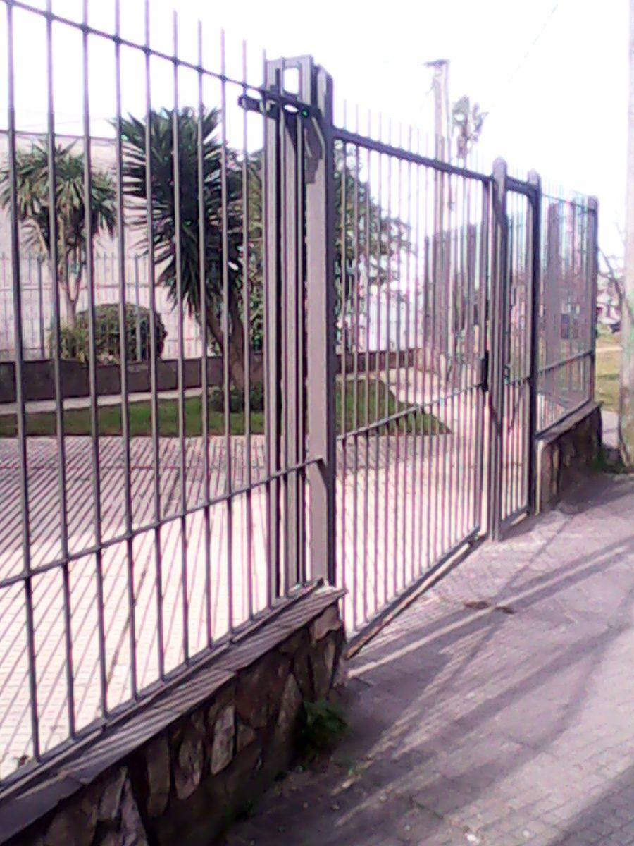 Rejas perimetrales rejas para ventanas y portones 111 for Rejas y portones