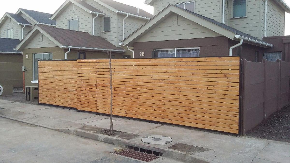 Rejas portones protecciones metal madera en for Rejas de madera