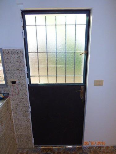 Rejas puertas portones herreria aluminio mamparas y for Cuanto sale una puerta