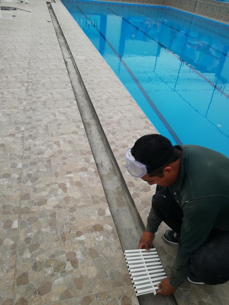 Rejilla perimetral de 10 cm de ancho para piscina s 76 for Rejilla piscina