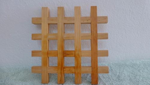 rejilla porta olla de madera