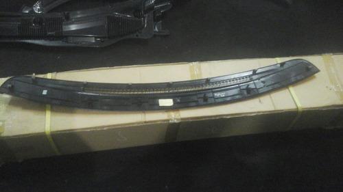 rejilla torpedo parabrisas explorer 1998
