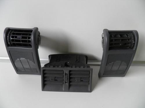 rejillas de aire acondicionado de renault cilo del 97