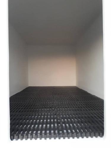 rejillas plástica aislante para pisos de cavas en fibra.