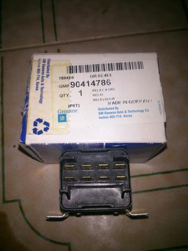 rele luces aveo optra original n/p 90414786