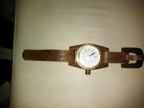 relog de madera