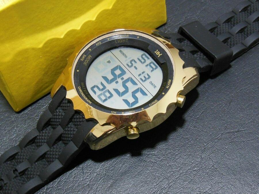 1b98ac472f4 relógio 18k digital esportivo barato masculino ñ invicta. Carregando zoom.
