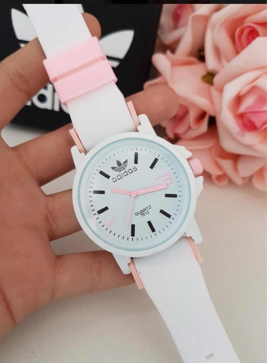 7af6b35e2ae Relógio adidas 7012 Feminino Branco Com Rosa - R  29