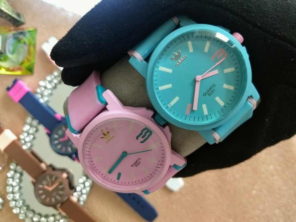 e1ee42749b5 relógio adidas feminino colors (2 unidades). Carregando zoom.