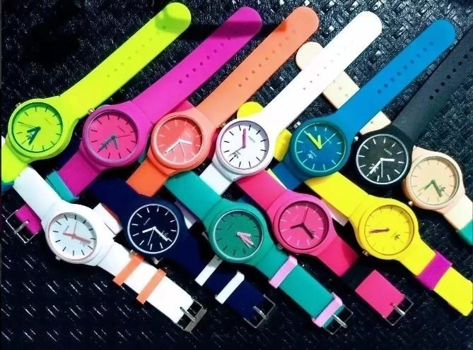 9abd5a65e26 Relógio adidas Feminino Esportivo Escolha A Cor - R  19
