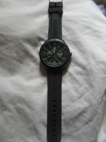 relógio analógico tommy hilfiger pulseira de borracha novo
