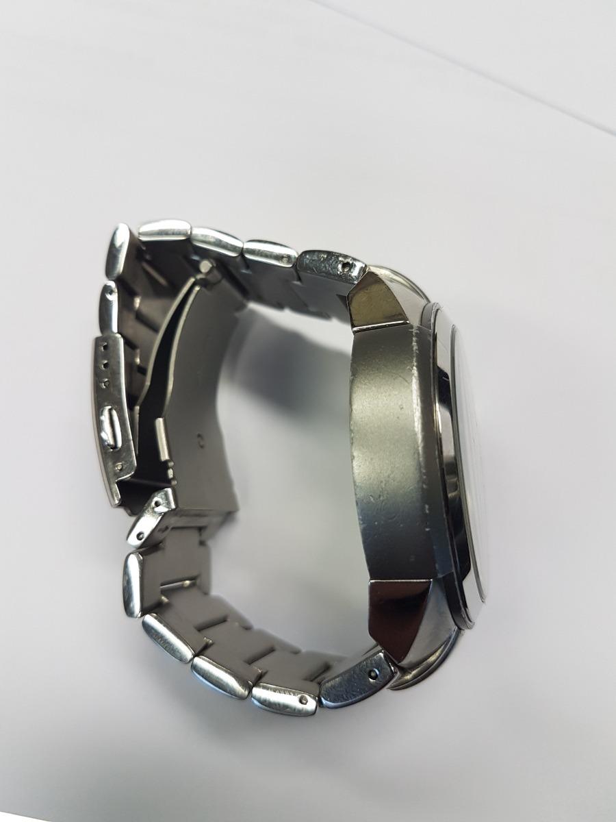 d63e9bf40cd relógio armani exchange usado bem conservado. Carregando zoom.