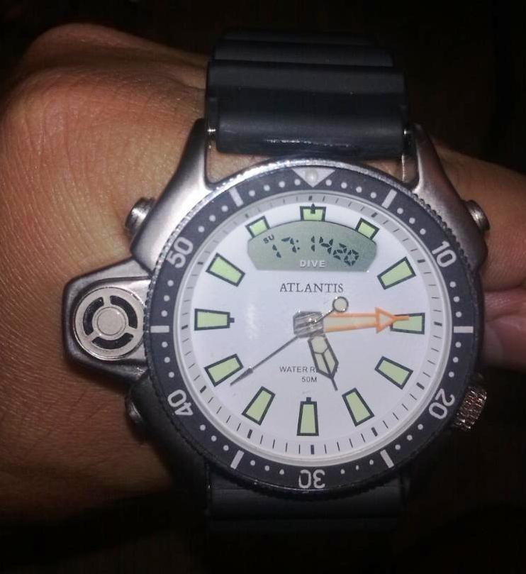 a213e90a53a Relogio Atlantis G3220 Serie Prata Branco Aqualand  citizen - R  99 ...