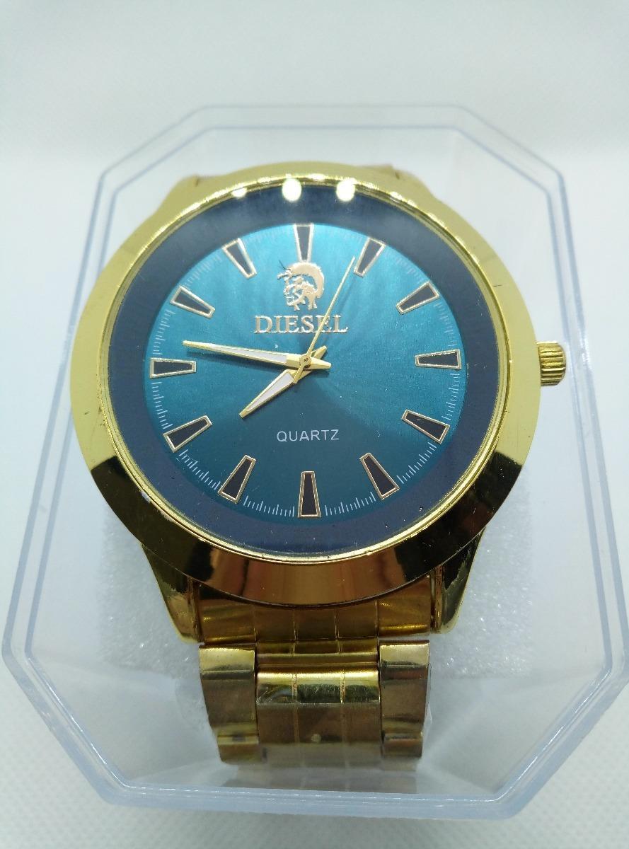 fb39406c319 relógio bonito color pulseira dourada promoção + brinde. Carregando zoom.