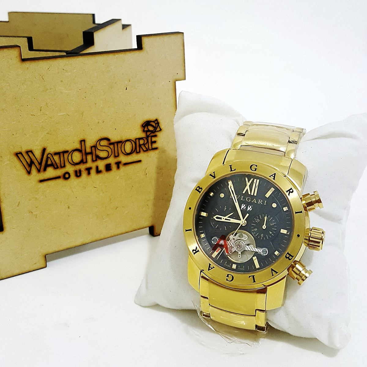 29f9bda6226 relógio bugari iron man automático dourado (novo). Carregando zoom.