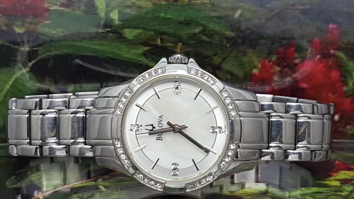 0021bd95a0c Relógio Bulova 96l191 Visor Diamantes