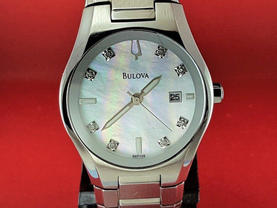 26f737ae36e relógio bulova 96p108 original visor com oito diamantes. Carregando zoom.