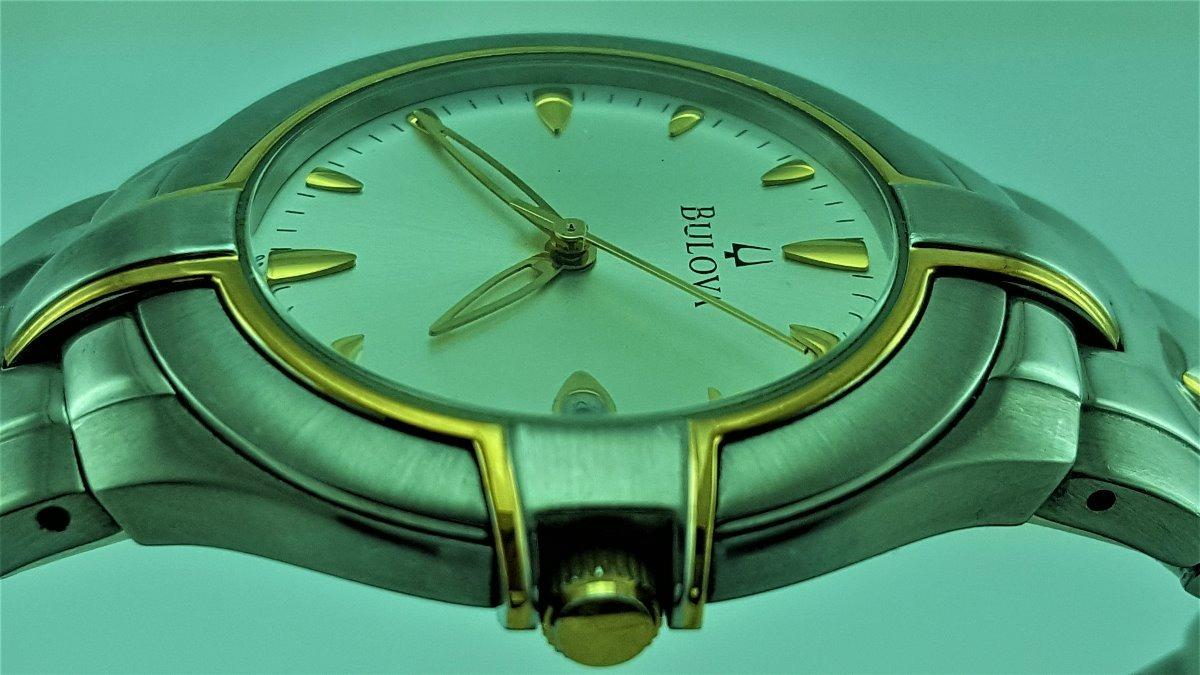 b7d361086d7 Relógio Bulova 98g97 Prata E Dourado Banho A Ouro