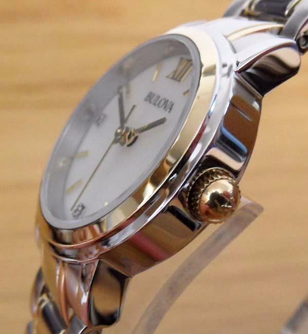 ecd94ef6377 Relógio Bulova 98p165 Original Visor Madrepérola 3 Diamantes - R ...