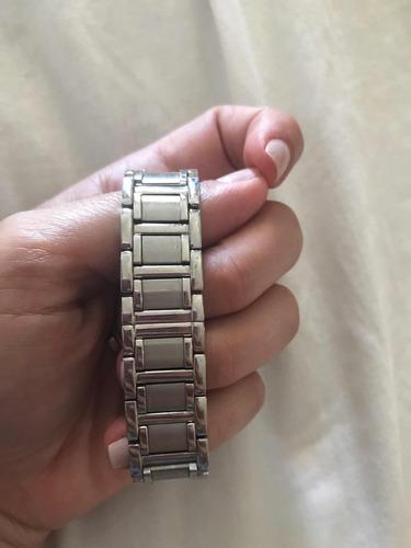 relógio bulova com diamante