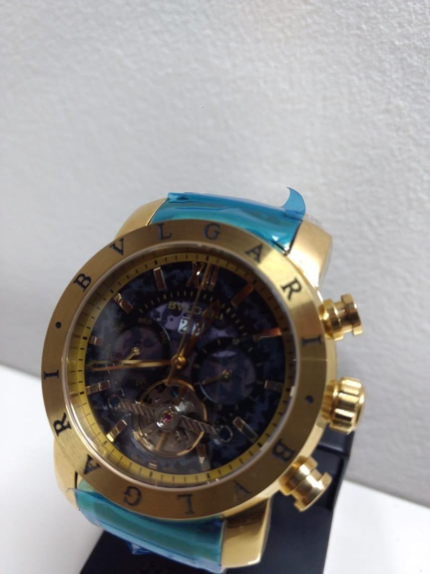 47961a597f2 relógio bvlgari automático dourado fundo preto importado top. Carregando  zoom.