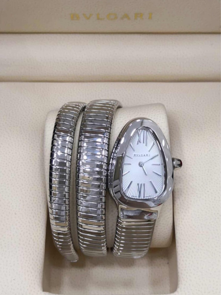 193ff634edb Relógio bvlgari serpenti com volta e fundo branco jpg 900x1200 Relogio  bvlgari feminino